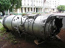 Airplane Picture - Pratt & Whitney J75 turbojet engine from a U-2 shot down (Cuba 1962) on display in museum in Havana