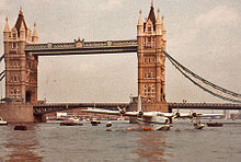 Airplane Picture - Short Sunderland taxiing under Tower Bridge