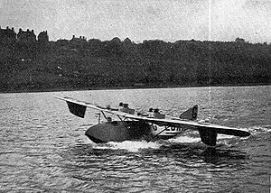 Warbird Picture - Cockle on the River Medway, Rochester in 1924 - original fin.