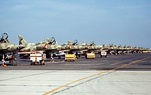 Aircraft Picture - Kuwaiti A-4KUs on the flight line in 1991