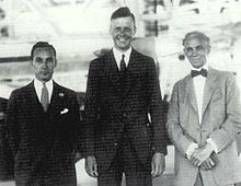 Aviation History - Lindbergh with Edsel Ford (left) and Henry Ford in the Ford hangar. Photo: August 1927.