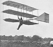 Aviation History - Gustave Whitehead - Whitehead piloting his glider of 1903