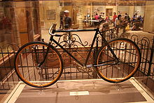 Aviation History - The Wright Brothers - Wright brothers' bicycle at the National Air and Space Museum