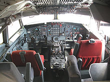 Airplane Picture - Boeing 707-123B cockpit