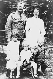 World War 1 Picture - Pershing with his wife Helen and three of their children.