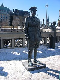 World War 1 Picture - Arthur Currie statue at the Valiants Memorial in Ottawa