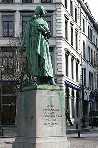 World War 1 Picture - The stature of Gabrielle Petit in Place Saint-Jean Brussels