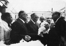 World War 1 Picture - Ataturk and Celx�l Bayar visiting the Bursa plant, which was established as a part of the cotton-related industry.