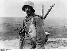 World War 1 Picture - A young German Sommekx�mpfer in 1916
