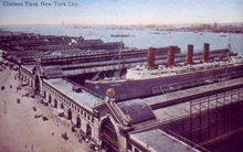 World War 1 Picture - Postcard (about 1910) of Lusitania and Chelsea Piers