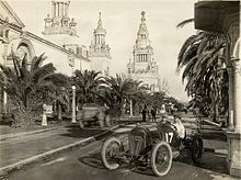 World War 1 Picture - Rickenbacker driving in the 1915 American Grand Prize at San Francisco.
