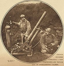 World War 1 Picture - French soldiers operating a compressed-air trench mortar of 86-millimetre calibre