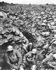 World War 1 Picture - French trench at Cx�te 304, Verdun, 1916