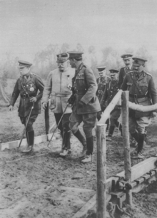 World War 1 Picture - Generals Haig, Joffre and French behind the front