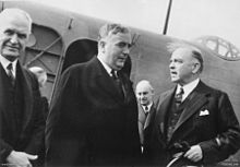 World War 1 Picture - Glasgow (left) greets Robert Menzies (centre) with Canada's Prime Minister William Mackenzie King (right) on his arrival in Ottawa, Canada, in May 1941