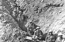 World War 1 Picture - New Zealand infantry in the Switch Line