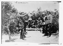 World War 1 Picture - Mehmed Esad Pasha (Bx�lkat) and Ottoman battery at Gallipoli