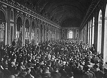 World War 1 Picture - Delegates signing the Treaty of Versailles, ending the First World War and cementing Luxembourg's independence.