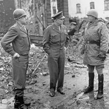 World War 1 Picture - Bradley, Eisenhower, and Patton