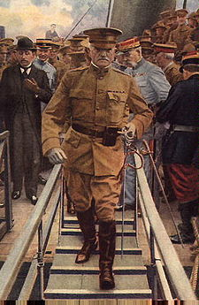 World War 1 Picture - General Pershing lands in France in 1917