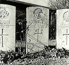 World War 1 Picture - Little's grave in Wavans Cemetery, France