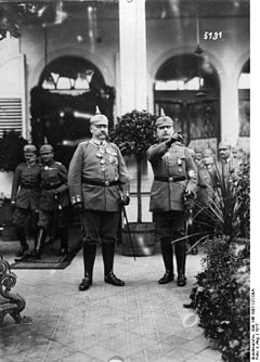 World War 1 Picture - Hindenburg and Ludendorff 1917