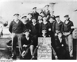 World War 1 Picture - Text supplied by the German Federal Archive together with the photo: With the rebellion of the sailors and workers on 3 Nov. 1918 in Kiel the Novemberrevolution starts. On 6 November the revolutionary movement reaches Wilhelmshaven. Our picture shows the soldiers council of the Prinzregent Luitpold