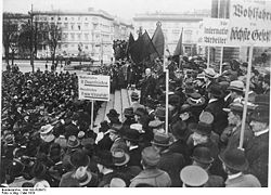 World War 1 Picture - Philipp Scheidemann speaking in Berlin, 1919