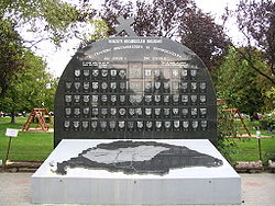World War 1 Picture - Memorial in Csx�talja