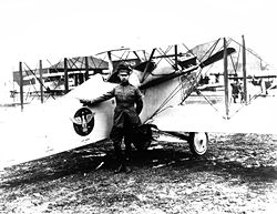 World War 1 Picture - Billy Mitchell and Vought VE-7 Bluebird