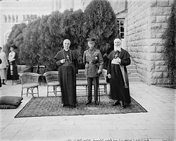 World War 1 Picture - Lord Plumer with archbishop of Naples & Latin Patriarch 11 Aug 1926