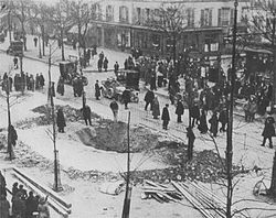 World War 1 Picture - Crater of a Zeppelin bomb in Paris