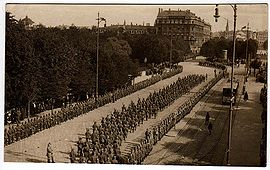 World War 1 Picture - German troops entering Riga on 3 September 1917
