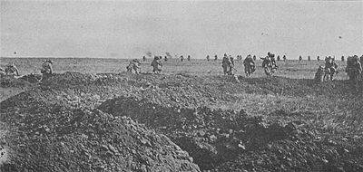 World War 1 Picture - French charge on the Chemin des Dames