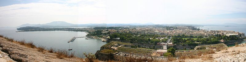 World War 1 Picture - Panoramic view of parts of old Corfu City as seen from Palaio Frourio. The Bay of Garitsa is to the left and the port of Corfu is just visible on the top right of the picture. Spianada is on the foreground