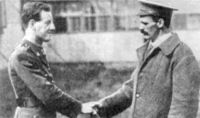 World War 1 Picture - Jacka with fellow VC recipient, Martin O'Meara, 1916. Both were recuperating from wounds in England.