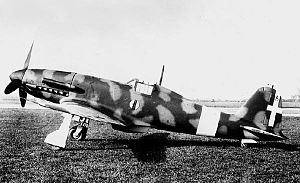 Airplane Picture - The second prototype G.55, MM 492, in Regia Aeronautica markings