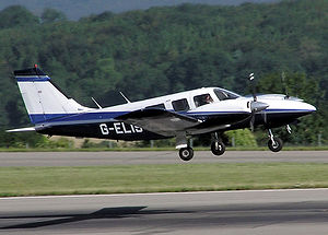 Airplane Picture - Piper PA-34-200T Seneca II