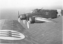 Airplane Picture - SM.79 in flight