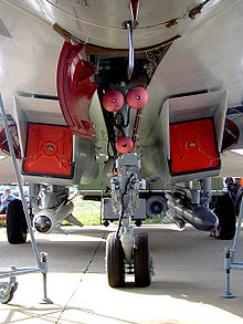 Airplane Picture - Undercarriage of Su-27SK