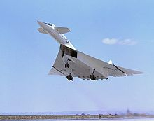 Airplane Picture - XB-70A Valkyrie on takeoff
