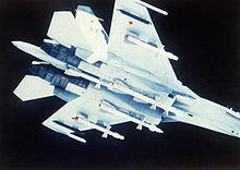 Airplane Picture - Su-27 carrying R-27 missiles.