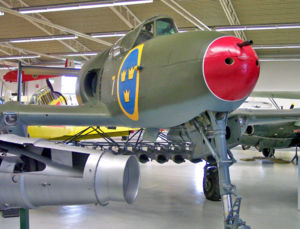 Warbird Picture - Saab 21R in Linkx�ping museum