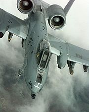 Airplane Pictures - An A-10 Thunderbolt II banks right after refueling