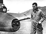 Airplane Pictures - Clark Gable with 8th AF B-17F with pre-Cheyenne tail position, in Britain, 1943