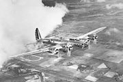 Airplane Pictures - Boeing Y1B-17 in flight