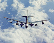 airplane pictures - B-52H modified to carry two D-21 drones.