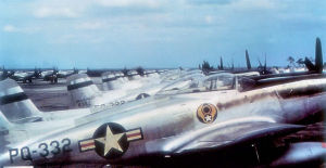 Airplane Pictures - Strategic Air Command 8th Air Force North American F-82E 'Twin Mustangs' of the 27th Fighter Wing on the flight line of Kearney Air Force Base, Nebraska, 1948. Serials 46-322 and 46-332 are identifiable. Note buzz number near tail
