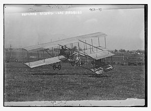 Warbird Picture - Louis Paulhan in his Farman III at Dominguez Field, Los Angeles 1910