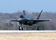 Airplane picture - The UK plans to order 138 F-35s